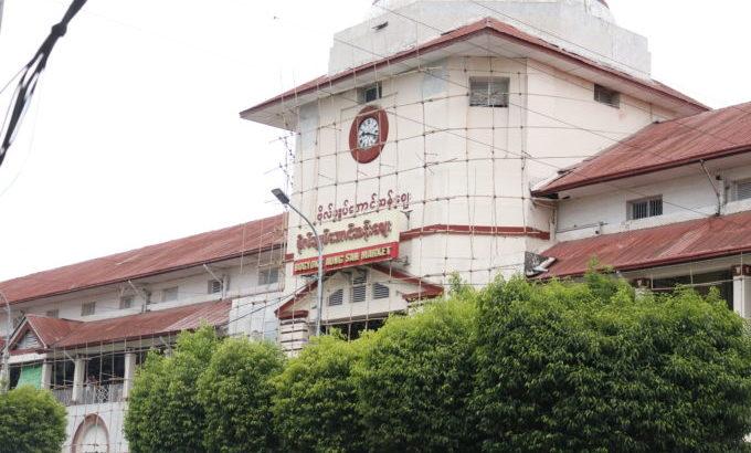 ヤンゴンの市場「ボージョーアウンサンマーケット」の中を探索!