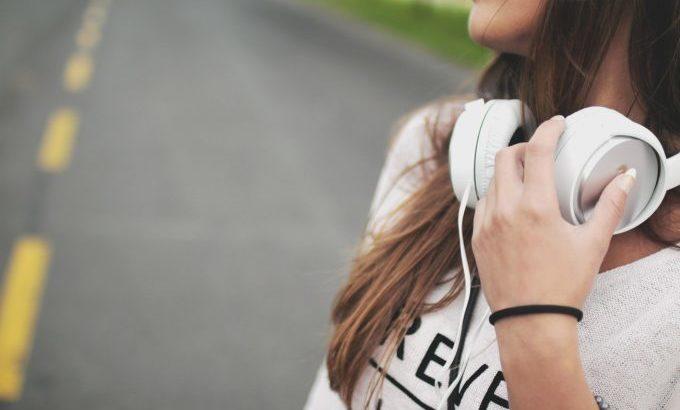 旅しながら聴きたい音楽10選【邦楽編】