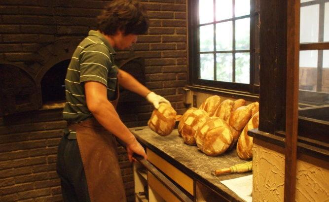 捨てないパン屋さんの働き方
